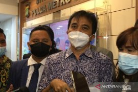 Roy Suryo kaji gugatan perdata kepada Lucky Alamsyah