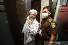 Rizieq Shihab Dituntut Enam Tahun Penjara