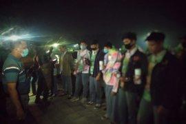 Corat-coret seragam usai dinyatakan lulus, puluhan siswa di Payakumbuh ditertibkan Satpol-PP
