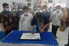 Pesisir Barat-Indomaret sepakat pasarkan lima produk UMKM
