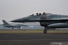 10 jet tempur TNI AU Pekanbaru mendarat di Lanud SMH Palembang, ada apa?
