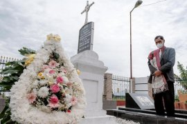 Menparekraf Sandiaga Uno dorong pengembangan wisata sejarah di Toba