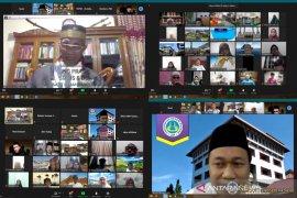 FBS UNP hadirkan mantan Ketum MUI Sumbar dalam kegiatan Subuh Mubarokah