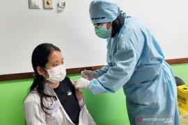 FKG ULM vaksinasi dosen dan mahasiswa siapkan perkuliahan tatap muka
