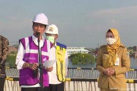 Presiden Jokowi tinjau proyek pembangunan Jalan Tol Semarang-Demak