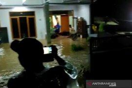 Banjir bandang kembali melanda Kabupaten Bandung