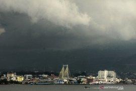 Hujan lebat diprakirakan akan turun meliputi sebagian wilayah Indonesia