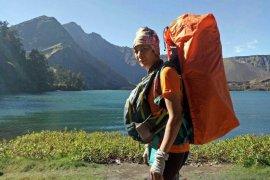 Yanni Krishnayanni berjalan keliling Indonesia menuai respons positif