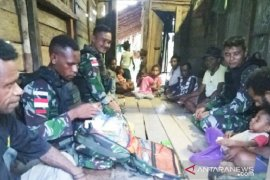 Satgas TNI beri layanan kesehatan gratis warga di perbatasan RI-PNG