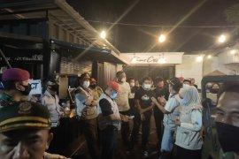 Salah satu kafe nekat gelar konser, Satgas COVID-19 Bandarlampung langsung bubarkan