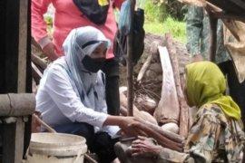 Kegiatan ini digelar setiap Minggu di Bonjol untuk membantu warga kurang mampu dan alami sakit