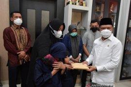 Menpora sampaikan salam duka Presiden kepada keluarga Markis Kido