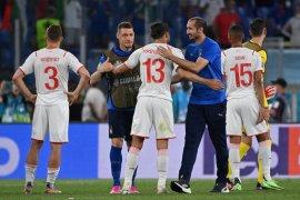 Chiellini : Cedera tak usik kegembiraan Italia ke putaran 16 besar