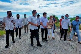 Wali kota Manado ingatkan jangan membangun di sisi boulevard