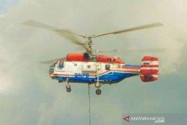Lima helikopter siaga atasi karhutla di Riau