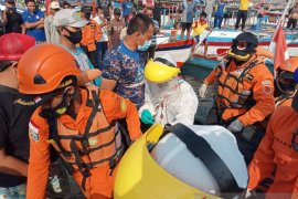 SAR gabungan temukan jasad pelajar tenggelam di laut Palabuhanratu