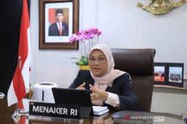 Menaker pastikan layanan kartu kuning gratis di seluruh Indonesia