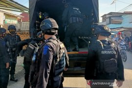 Polisi kembali gerebek kampung narkoba Tangga Buntung Palembang, enam diamankan