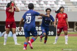 Arema FC Putri Juara Page 2 Small