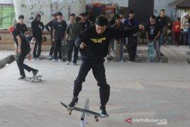 Skateboarder Palembang rayakan  hari Skateboard sedunia  Page 2 Small