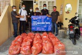 BRI Malaysia salurkan bansos ke pekerja migran