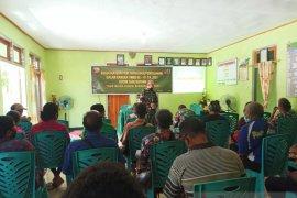 Prajurit manfaatkan TMMD sosialisasi rekruitmen masuk TNI-AD