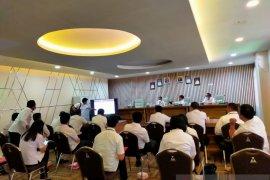 Wali Kota Manado ingatkan camat kejar target vaksinasi hebat