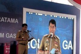 Gubernur Minta PT. Adindo Menyerahkan Lahannya yang Tidak Produktif