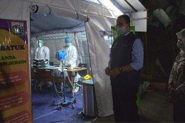 Tenda darurat pasien COVID sudah dipasang pada 22 RS di Jakarta