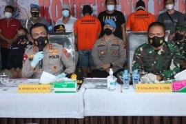Polisi tetapkan tiga tersangka pembunuhan wartawan di Simalungun, satu oknum TNI