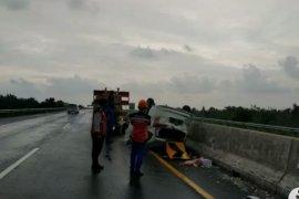 HK: Kecelakaan minibus diduga melaju dengan  kecepatan tinggi