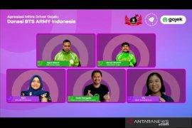BTS ARMY Indonesia serahkan bantuan Rp159 juta untuk driver Gojek