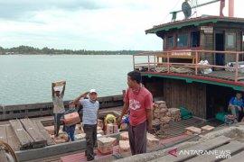 Pemilik kapal Jambi ucapkan  terima kasih pada  Pemkab Lingga dan pemerintah pusat