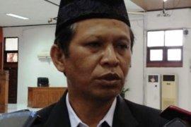 Bupati Jayapura sampaikan surat penggunaan dana hibah pusat ke DPRD
