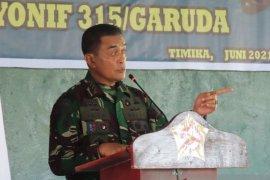 Pangkogabwilhan III Letjen TNI Agus Rohman minta prajurit tidak sembarang keluarkan tembakan