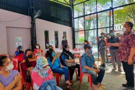 Wawali Kota Richard Sualang optimistis target vaksinasi tercapai