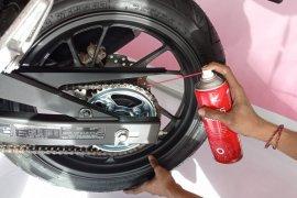Tips bersihkan rantai motor agar maksimal saat digunakan