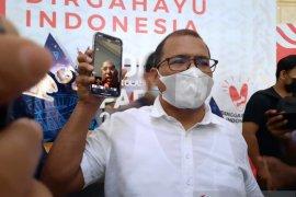 Lukas Enembe minta masyarakat tidak terprovokasi polemik Plh Gubernur