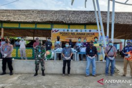 Haji Momo Tokoh Masyarakat Perbatasan Malaysia Bantu Penanganan COVID