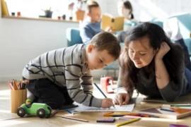 """Tips membagi waktu agar anak tak terabaikan saat pemberlakuan """"WFH"""""""