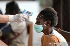 Vaksinasi COVID-19 Untuk Warga Asmat Papua Page 1 Small