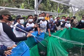 Pemkab Donggala kenalkan manfaat konsumsi ikan  di daerah terpencil
