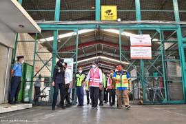 Menhub Budi Karya cek layanan kargo dan vaksinasi di Bandara Soekarno Hatta
