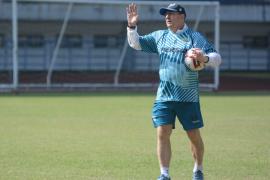 Pelatih Persib Bandung berharap pemain bisa berkumpul lagi secepatnya