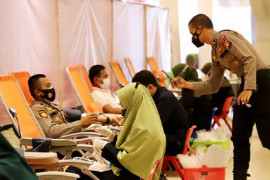 Donor darah atasi COVID-19 di Riau Page 2 Small