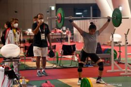 Lifter Windy Cantika sumbang medali pertama untuk Indonesia di Tokyo 2020