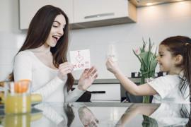 Empat hal dasar yang harus dilakukan orang tua agar anak tetap ceria