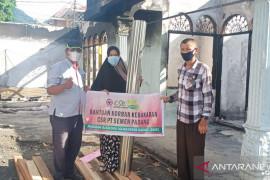 Tinggal di warung sempit, korban kebakaran di Ampera dibantu PT Semen Padang