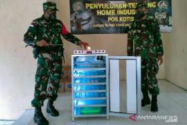 Satgas TNI Yonif 512 ajarkan warga perbatasan beternak ayam