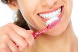 Lima kesalahan ini yang sering dilakukan saat menyikat gigi